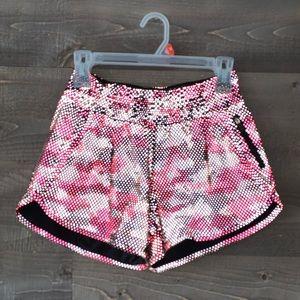 Lululemon Seawheeze 20 Reflective Shorts